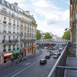 Sure Hotel by Best Western Paris Gare du Nord - vue sur la rue
